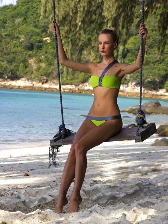 Модный купальник бикини салатового цвета Лавс Украина